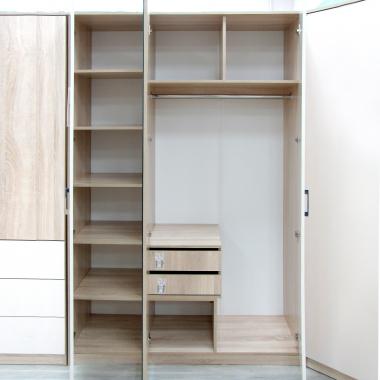 Шкаф гардеробный 1350 с зеркалом Салоу